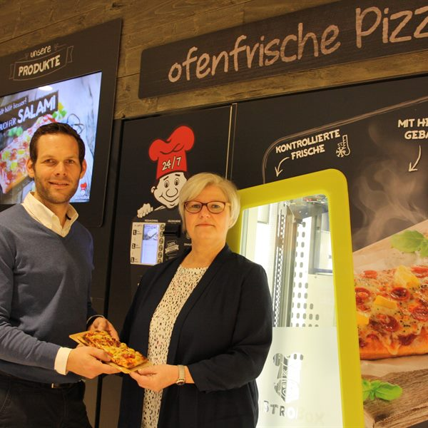 BistroBox Co-Founder Klaus Haberl & Franchisepartnerin Conchita Lopata.